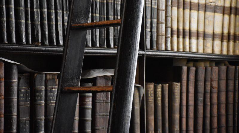 stairs librería